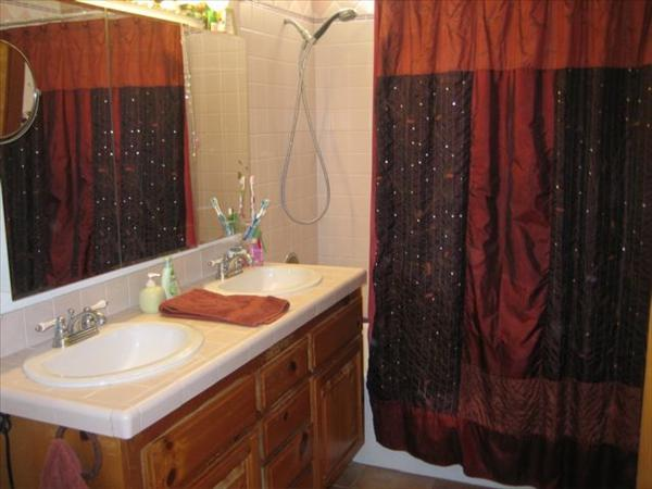 ::Looks Like:: Master_bathroom