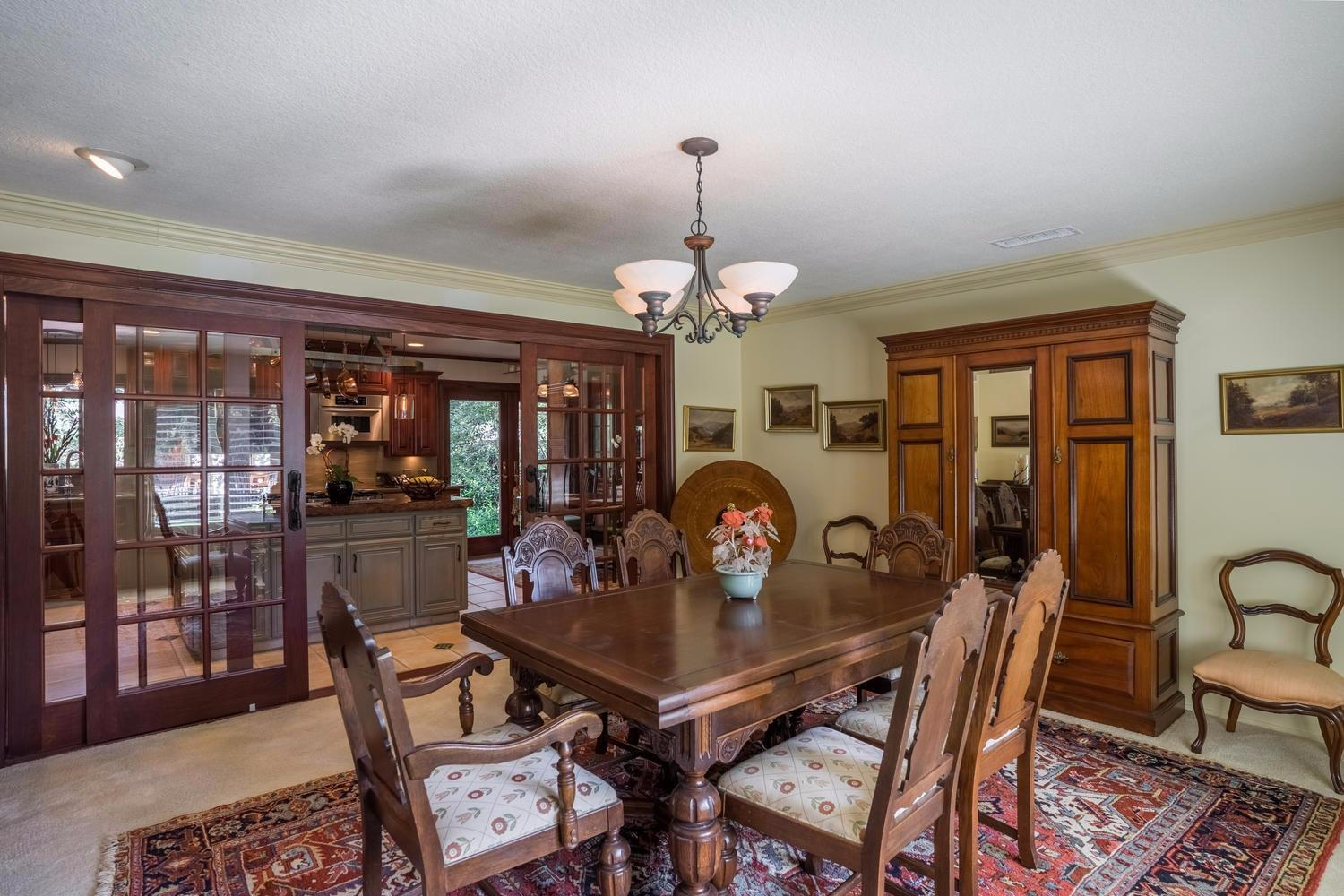 509 E Griffith Way Presented by Angie Hyatt - Property Details